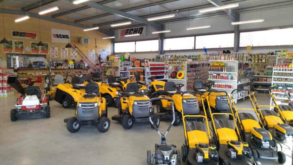 Motoculture - Ferronnerie Andrieu est spécialisée dans la vente et le conseil en équipements et matériels de motoculture à Cazals 16